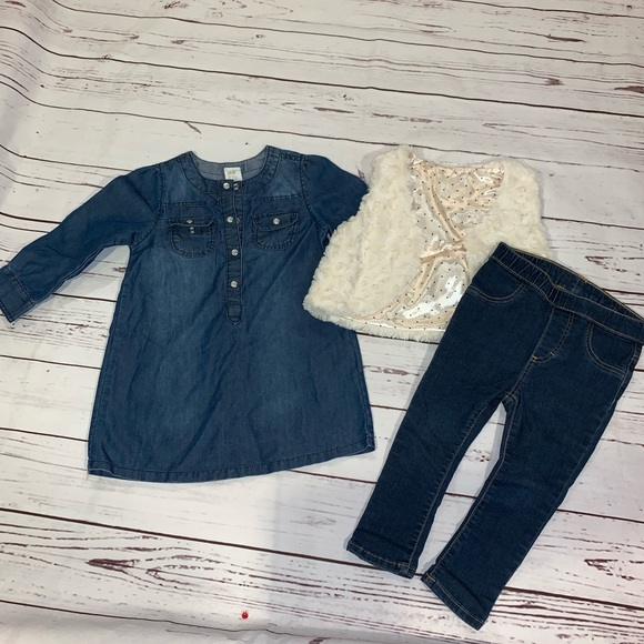 2214d221932b1 Lot of H&M baby girl clothing